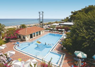tara-beach-hotel-kefalonia-pool